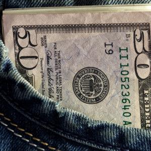 Alabama Per Capita Income Grows 4.2 Percent in 1997